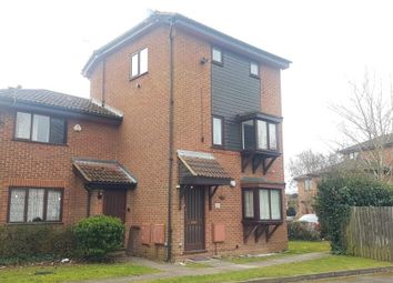 1 bed maisonette to rent in Mountbatten Close, Slough SL1