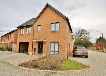 Thumbnail 4 bed detached house for sale in Inwood Close, Woking