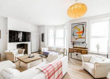 Thumbnail 3 bedroom property to rent in Archway Road, Highgate
