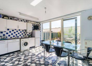 2 bed flat for sale in Warwick Road, Kensington, London W14