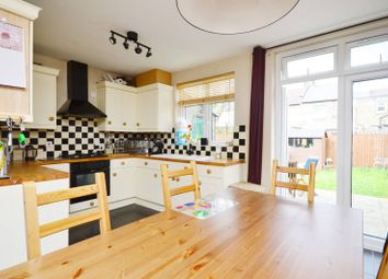 Thumbnail 3 bed property to rent in Franklyn Road, Willesden
