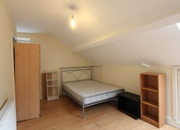 Thumbnail Room to rent in West Grove, Roath, Crdiff