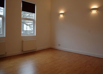 3 bed maisonette to rent in Hazellville Road, London N19