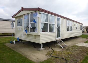 Thumbnail 2 bedroom mobile/park home for sale in Beach Road, Kessingland, Lowestoft