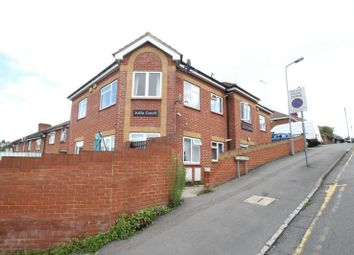 Thumbnail 2 bed property to rent in Plumer Road, High Wycombe