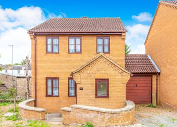 3 bed detached house for sale in Spinney Street, Raunds, Wellingborough NN9