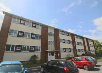 2 bed flat to rent in Highlands Road, Andover, Hamsphire SP10