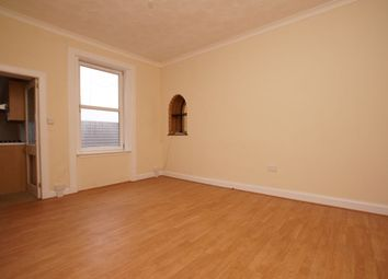 Thumbnail 2 bed flat to rent in Glebe Street, Leven