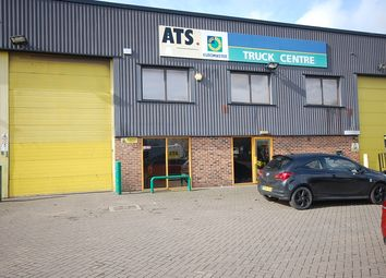 Thumbnail Warehouse to let in Pipers Industrial Estate, Thatcham