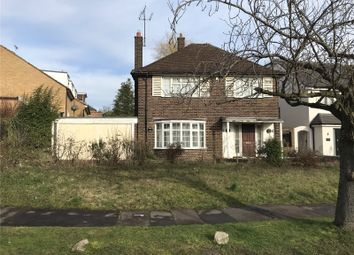 3 bed detached house for sale in Courtleigh Avenue, Hadley Wood, Hertfordshire EN4