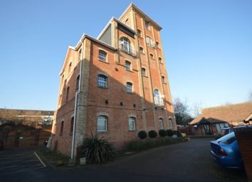 Thumbnail 3 bed flat for sale in Eaglegate, East Hill, Colchester