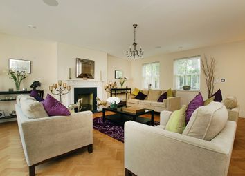 Thumbnail 4 bed property to rent in Clifton Road, London