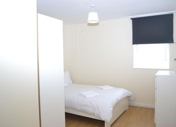 Room to rent in 46 Brittania Street, London WC1X