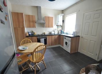 Thumbnail 2 bedroom terraced house for sale in Alexandra Road, Hull, West Hull