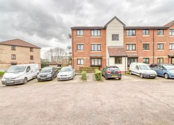 Thumbnail 1 bed flat for sale in Magpie Close, Enfield London