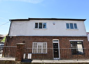 Thumbnail 3 bed flat for sale in College Road, Abbots Langley
