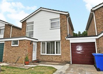 Thumbnail 3 bed detached house to rent in Cadwell Drive, Maidenhead