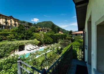 Thumbnail 5 bed town house for sale in 22012 Cernobbio Co, Italy
