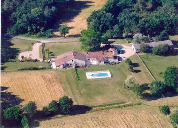 Thumbnail 7 bed country house for sale in 24610 Saint-Méard-De-Gurçon, France