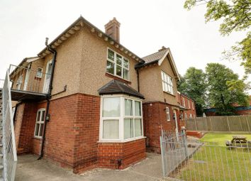 Thumbnail 2 bed flat to rent in Ashby Road, Scunthorpe