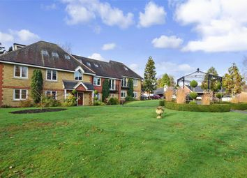 4 bed flat for sale in Windermere Way, Reigate, Surrey RH2