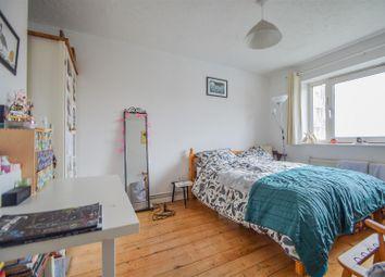 Colville Estate, London N1. 3 bed flat