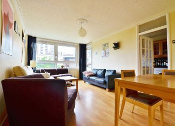 Thumbnail 3 bed flat to rent in De Beauvoir Estate, London