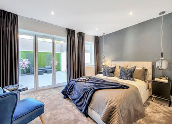 Thumbnail 4 bed maisonette for sale in Colney Hatch Lane, London
