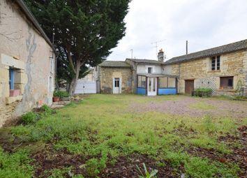 Thumbnail 2 bed farmhouse for sale in Poitou-Charentes, Deux-Sèvres, Brion Pres Thouet