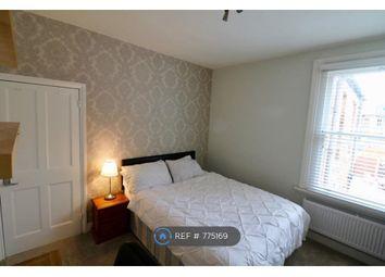Room to rent in Darwin Road, London W5