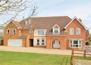 Thumbnail 6 bed detached house for sale in Cotswolds Way, Calvert, Buckingham