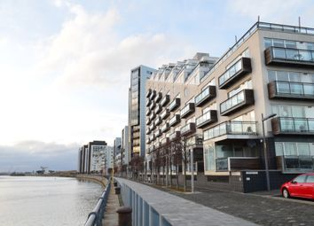 Thumbnail 1 bedroom flat for sale in Meadowside Quay Walk, Flat 0/3, Glasgow Harbour, Glasgow