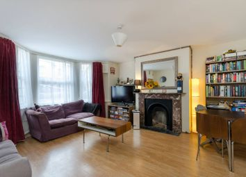 Thumbnail 1 bed flat to rent in Ferndale Road, Clapham North, London