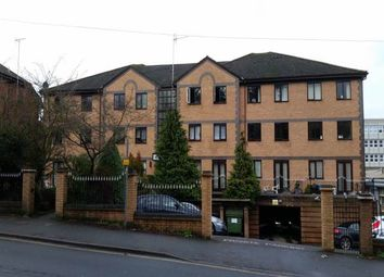 Thumbnail Flat to rent in Kingfisher Court, Queen Alexandra Road, High Wycombe
