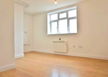 Thumbnail 1 bed flat to rent in York Parade, Brentford