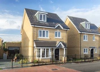 Thumbnail 4 bed property for sale in Bagshot Road, Knaphill, Woking GU212Rn