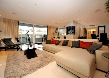 Thumbnail 3 bed flat to rent in Chelsea Cloisters, Sloane Avenue, London