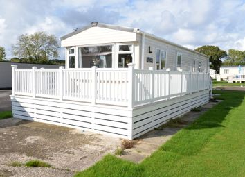 2 bed mobile/park home for sale in Sway Road, New Milton BH25