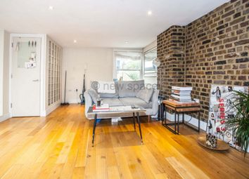 Thumbnail 1 bed flat to rent in Geldeston Road, Clapton