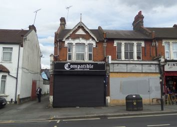 Thumbnail 2 bed flat to rent in Chingford Road, Walthamstow