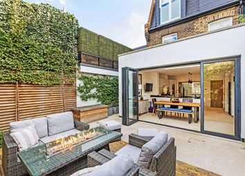 3 bed property for sale in Armoury Way, London, London SW18