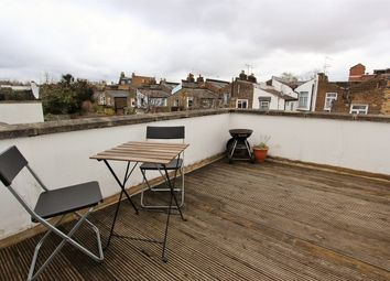 Thumbnail 2 bed flat to rent in Davenant Road, Upper Holloway
