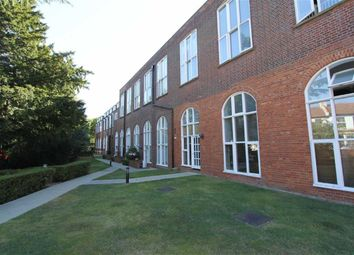 Thumbnail 2 bed flat to rent in Sweyne Avenue, Southend-On-Sea