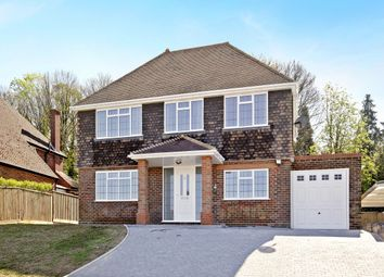 Thumbnail 4 bed detached house to rent in Amersham Hill Gardens, High Wycombe