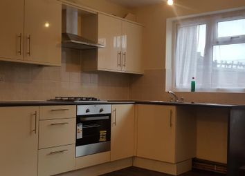 Thumbnail 1 bed flat to rent in Green St, London