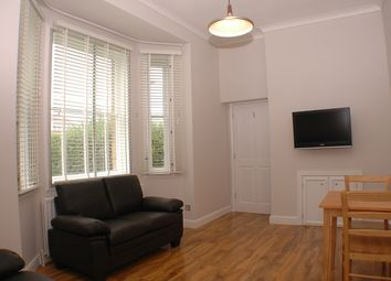 Thumbnail 1 bed flat to rent in Farnham Road, Surrey