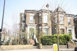 Thumbnail 2 bed flat to rent in Hillmarton Road, Caledonian Road