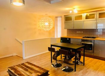 Thumbnail 2 bed flat to rent in Ashmill Street, London