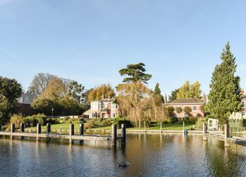 Thumbnail 2 bed flat for sale in Marlow, Buckinghamshire