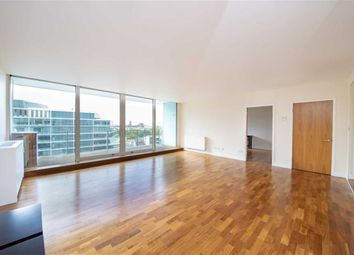 Thumbnail 3 bed flat to rent in Palace Street, London